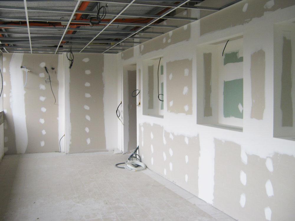 Plafond décoratif en dalles